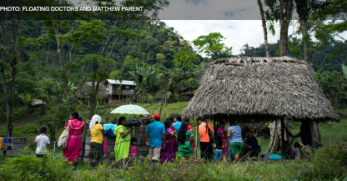 Patients line up to receive care in La Sabana, the most remote community served by Floating Doctors. Volunteers travelled there by boat, bus, and a three-hour hike.